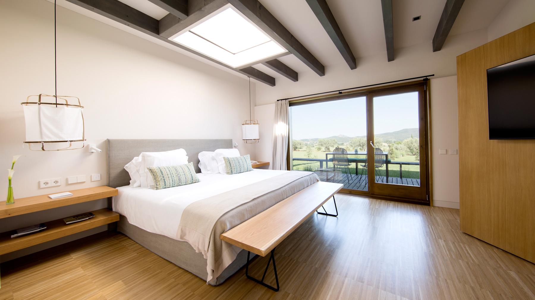 SLOW NATURE SUITES · Casas modulars eco-eficients